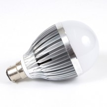 9W LED B22 E27 Cool White GLS Lamp